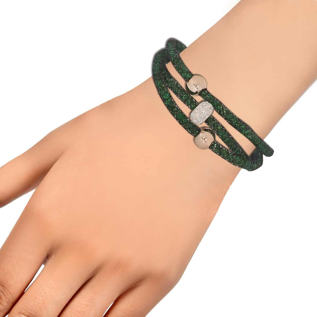Lovely Green Bronze Jaali Work Adjustable Reunion Bracelet Alloy Maayra MY6786
