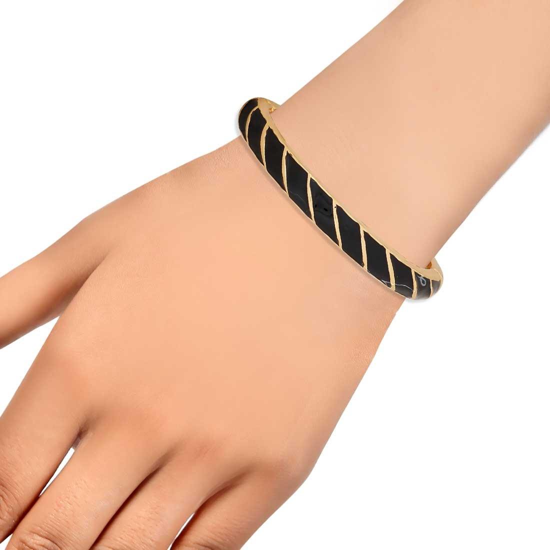 Elegant Black Gold Contemporary Adjustable Reunion Kada Alloy Maayra MY6937