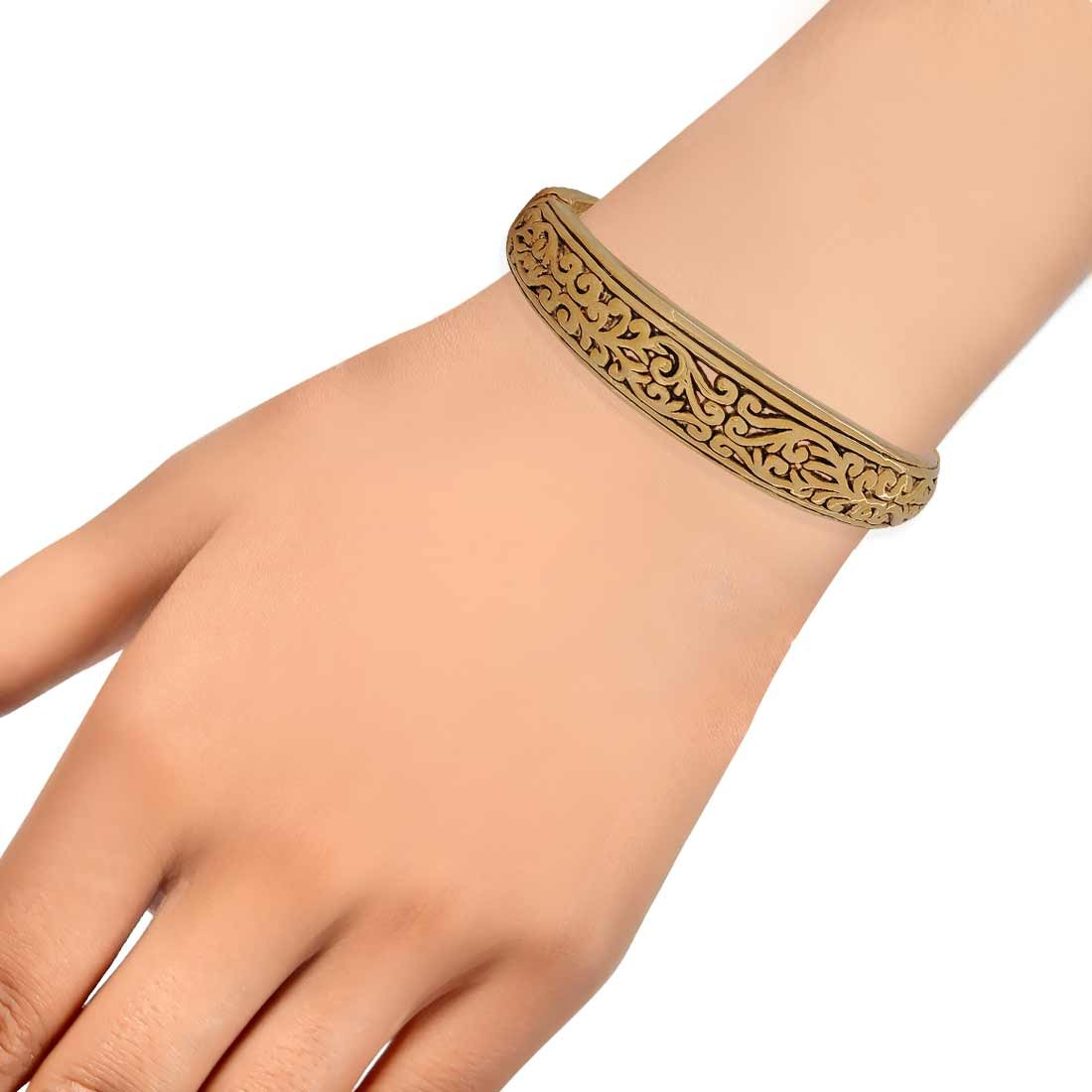 Exclusive Gold Contemporary Adjustable Cocktail Size Kada Alloy Maayra MY6941