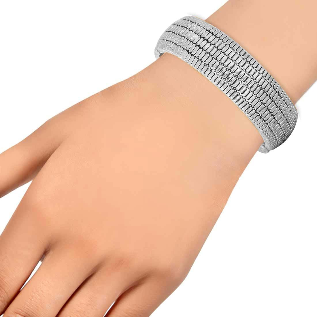 Trendy Silver Contemporary Adjustable Casualwear Size Kada Alloy Maayra MY6950