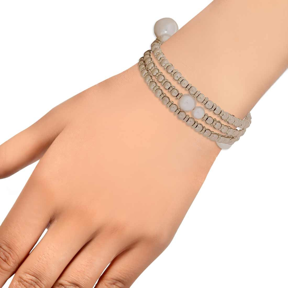 Lovable Gold White Designer Adjustable Cocktail Bracelet Alloy Maayra MY6971