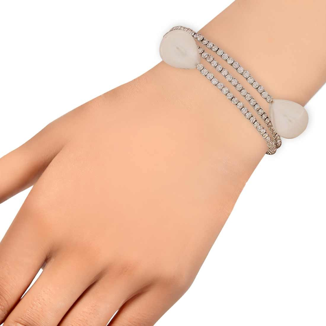 Terrific White Silver Designer Adjustable Dailywear Bracelet Alloy Maayra MY6980