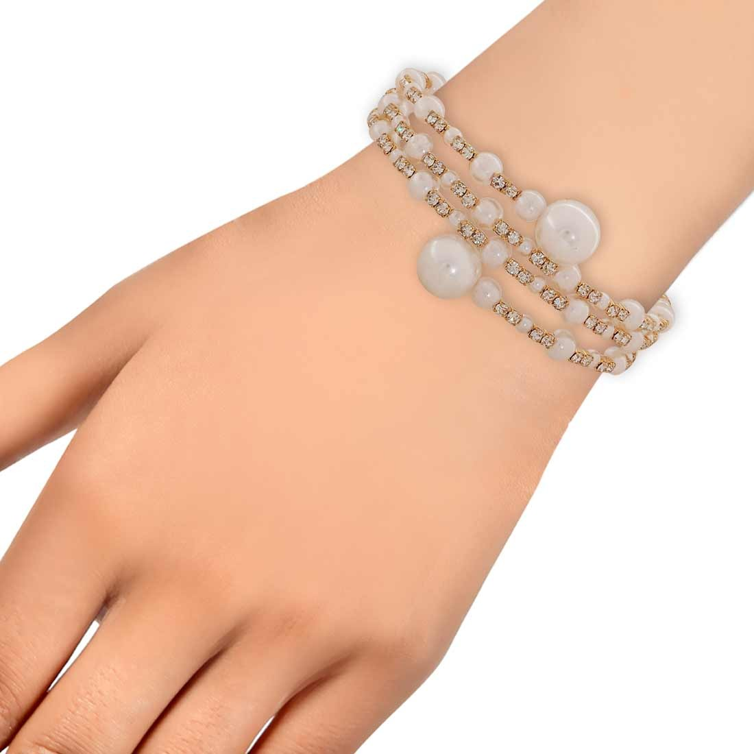Fab White Pearl Adjustable Cocktail Size Bracelet Alloy Maayra MY7041