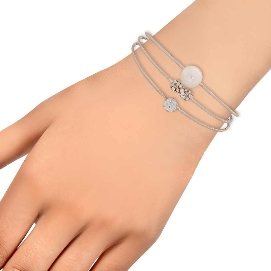 Smashing White Silver Pearl Adjustable Get-together Cuff Alloy Maayra MY7042