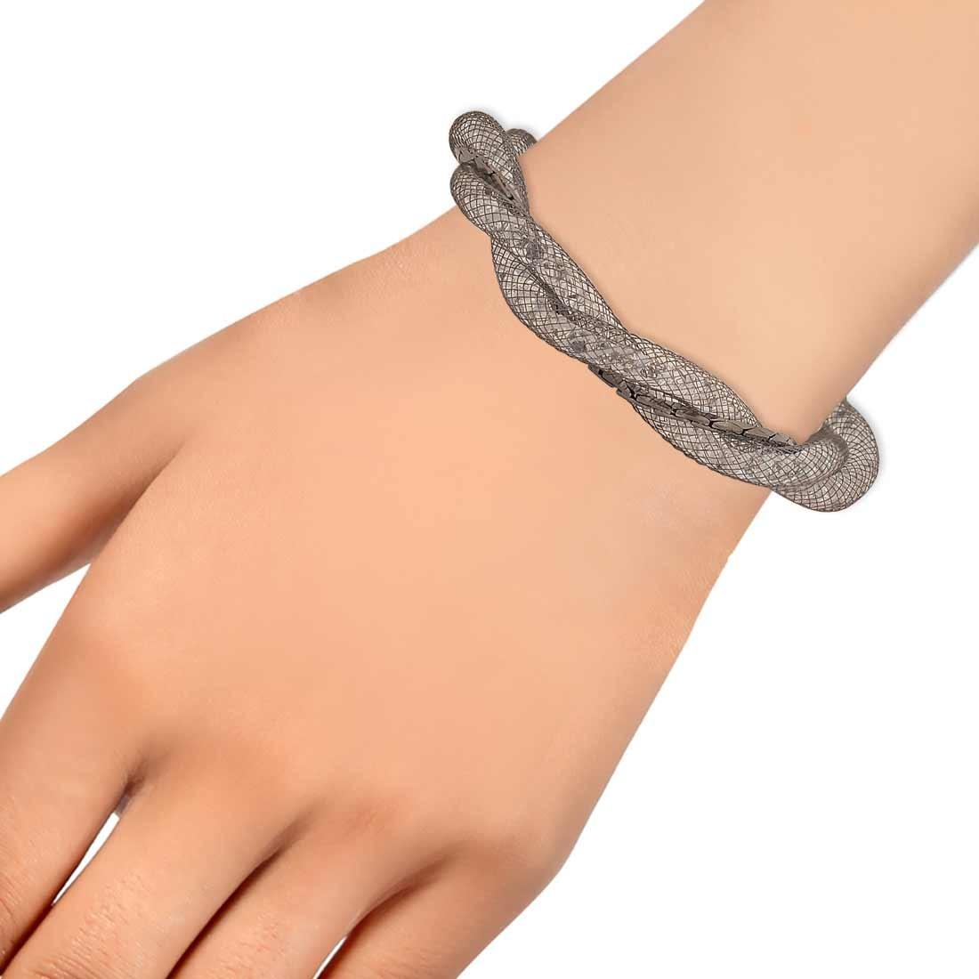 Stunning Silver Jaali Work Adjustable Casualwear Bracelet Alloy Maayra MY7634