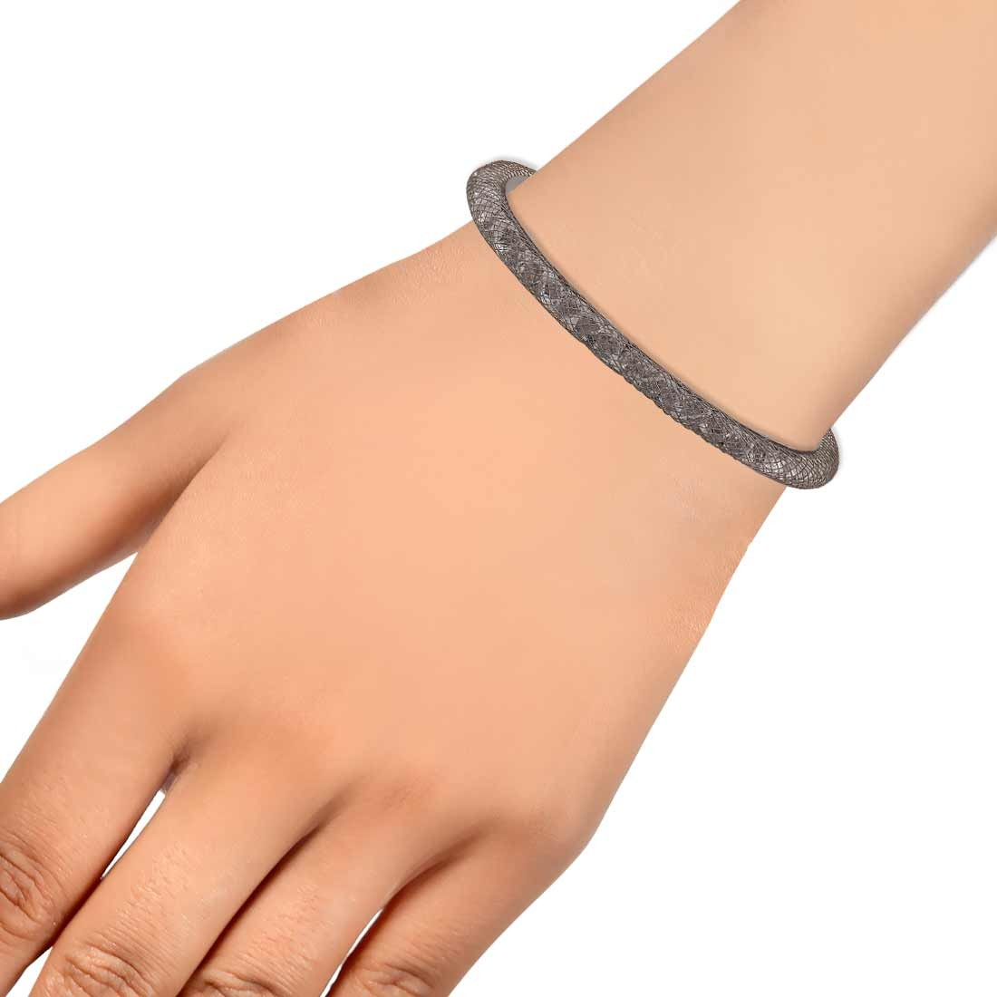 Stylish Silver Jaali Work Adjustable College Size Cuff Alloy Maayra MY7641