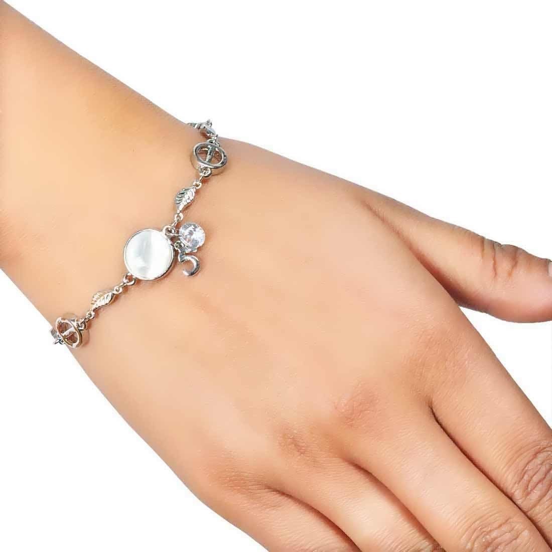 Modern Silver Contemporary Adjustable Reunion Size Bracelet Alloy Maayra MY7717