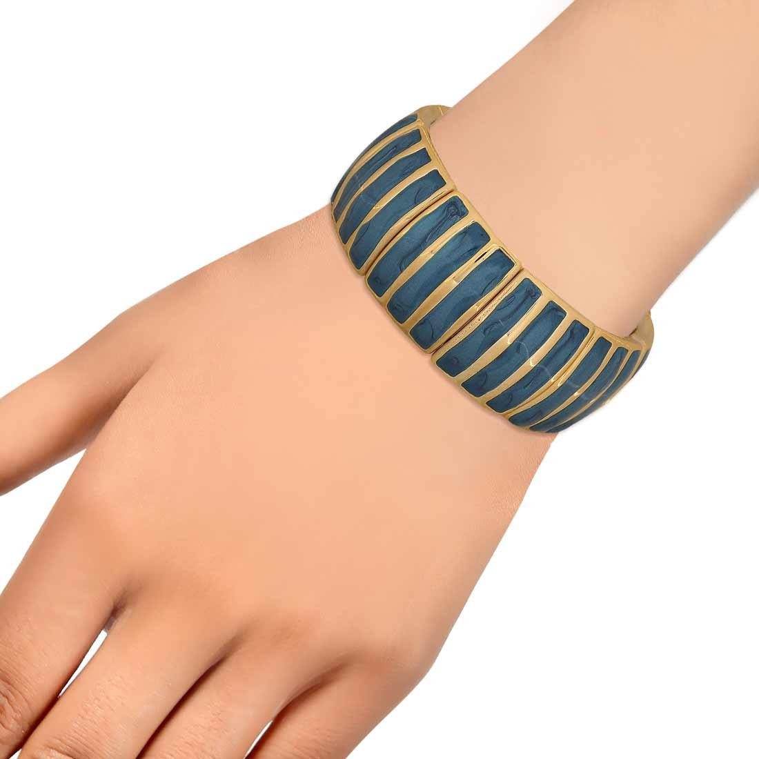 Sparkling Blue in-Trend Adjustable Get-together Bracelet Alloy Maayra MY7748