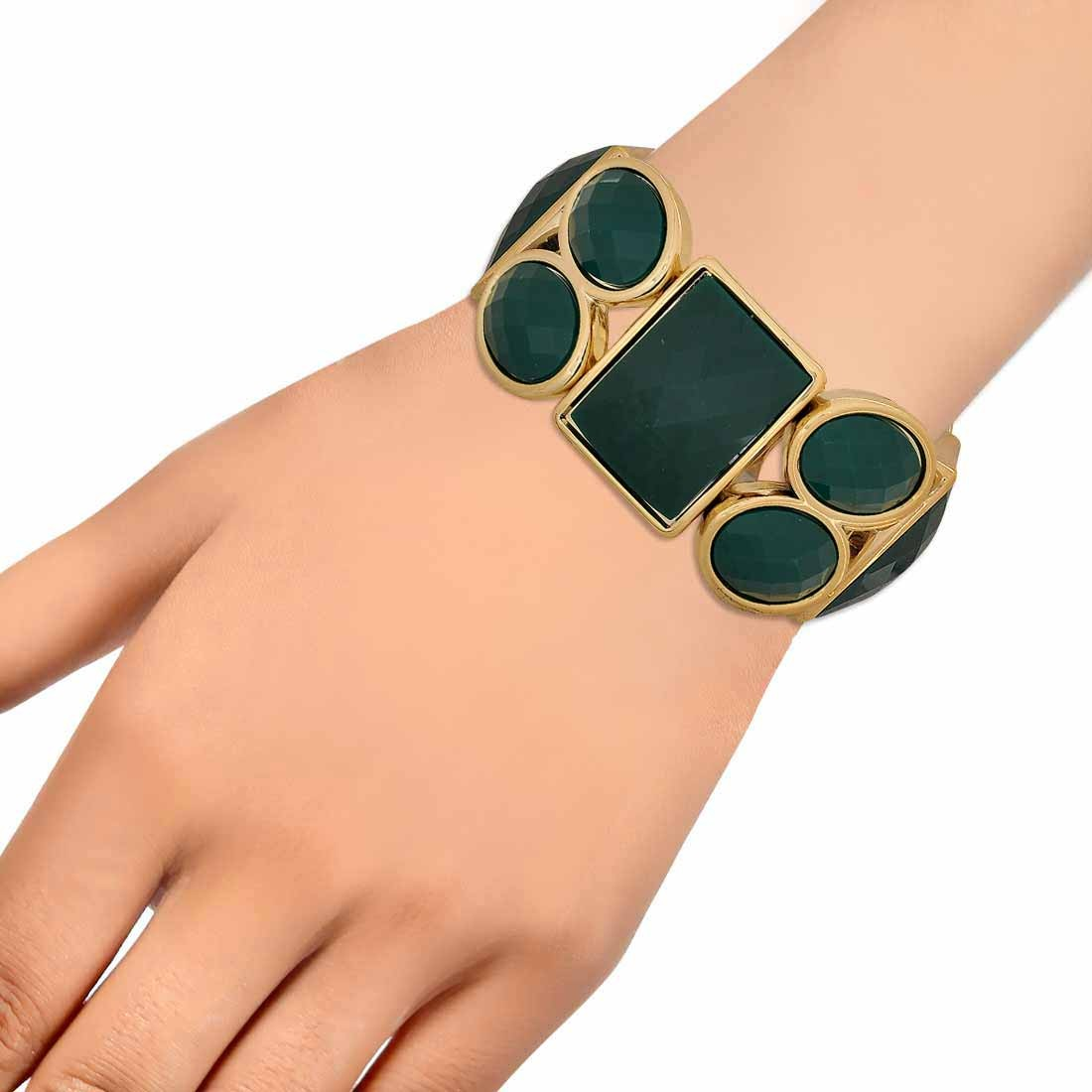 Exclusive Green Gold in-Trend Adjustable Dailywear Bracelet Alloy Maayra MY7750