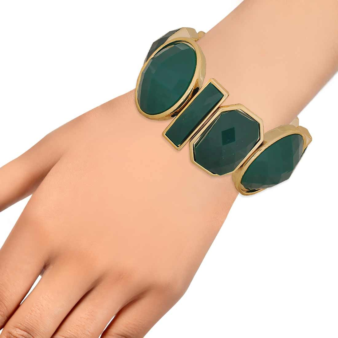 Amazing Green Gold in-Trend Adjustable Casualwear Bracelet Alloy Maayra MY7775
