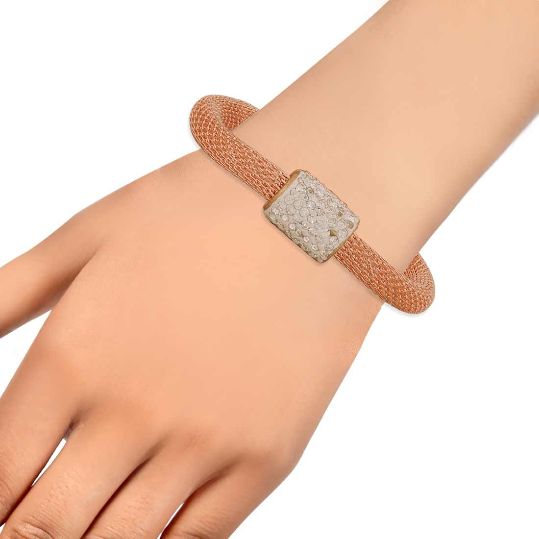 Simple Bronze in-Trend Adjustable Cocktail Size Bracelet Alloy Maayra MY7778